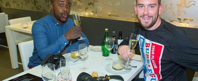 Hand Luggage Only descansa en Migjorn y coge fuerzas en Restaurante UNIC